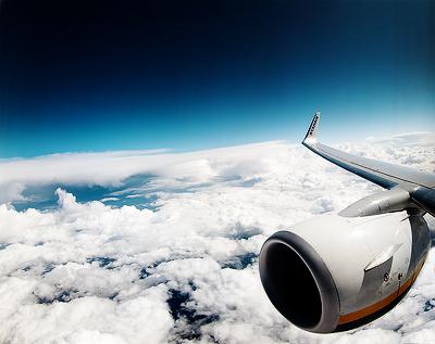 Flying de Alberto P Veiga