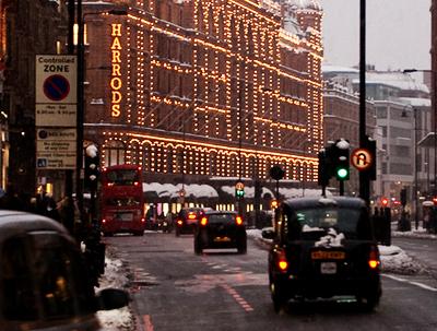 Harrods-Snowday-London by drewleavy