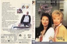 LAÇOS DE TERNURA (1993), Deus escreve reto por linhas tortas.... Cinco Oscars. Esse já seria um bom argumento para assistir ao filme de James Brooks (1993 — Estados Unidos), apesar de antigo. Conta a história de trinta anos de relacionamento entre mãe, a viúva Aurora (Shirley MacLaine) e sua filha Emma (Debra Winger). O conflito se atenua quando Emma é abandonada pelo marido e descobre que está com câncer. Ao mesmo tempo, Aurora começa a fletar com Garrett Breedlove (Jack Nicholson), um ex-astronauta e paquerador.