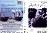 MORTE EM VENEZA (1971 – Itália), um angustiante caso de amor gay. O aplaudido drama de Luchino Visconti conta a história de Gustav von Aschenbach (Dirk Bogarde), compositor austríaco do início do século XX, que vai para Veneza buscando repouso. Mas lá, sua paixão pelo jovem Tadzio (Björn Andrésen), que representa o ideal de beleza sempre imaginado pelo compositor, faz com que o artista mergulhe num denso conflito. O relacionamento marcado pela angustia convive ainda com a chegada da cólera asiática em Veneza.